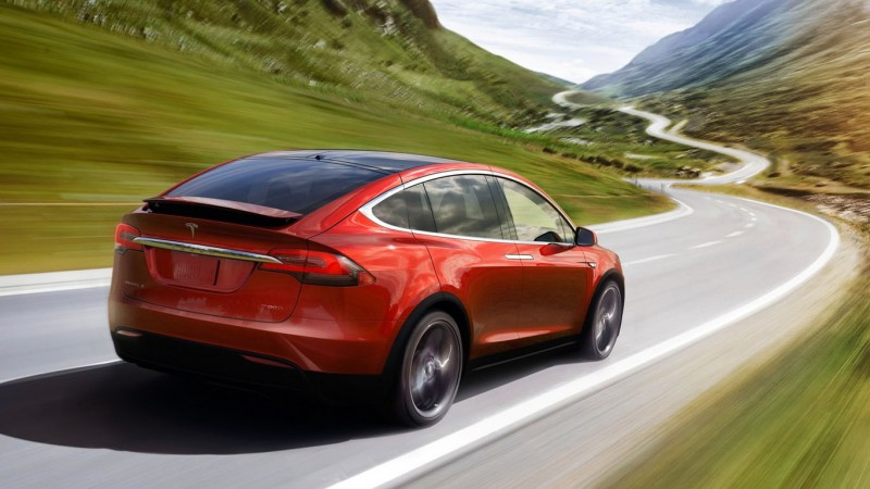 tesla_model_x_official_2015_08_medium-fffd56dd75e84ae28bf0971164ba38757a35b12d