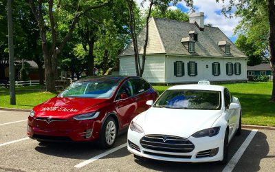 Some of you heard about @teslaxcanada! They are now in #QuebecCity! 😃 More on @AudiR2! #Tesla #ModelX