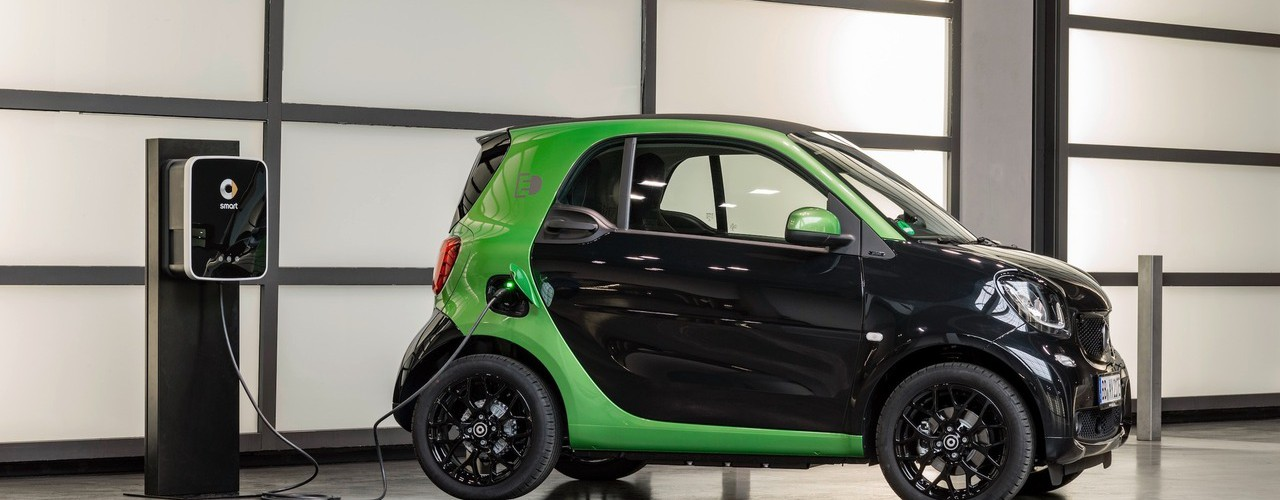 2017-smart-fortwo-electric-drive.jpg
