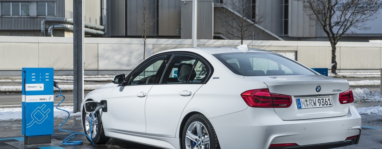 bmw-330e-iperformance1.jpg