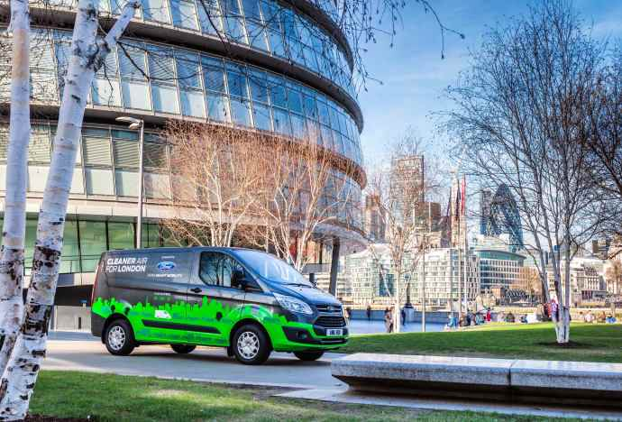 ford-transit-plug-in-hybrid-london-autoaddikt.jpg
